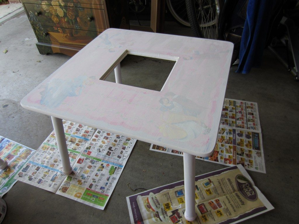 Table with primer
