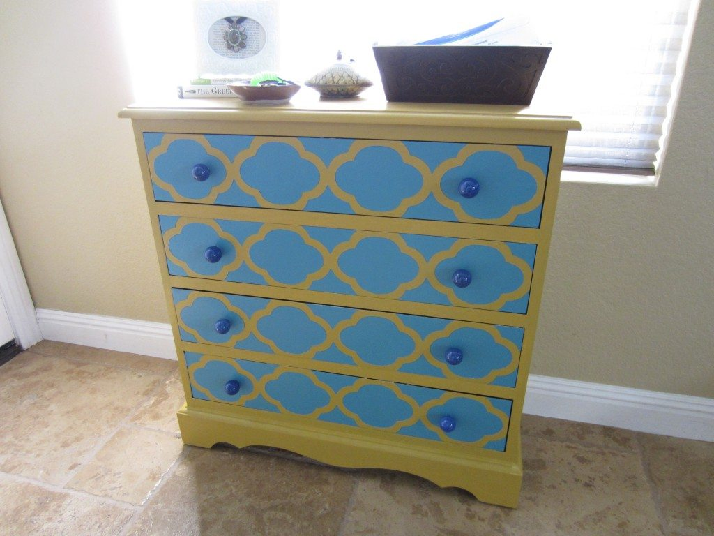 How to Paint  Dresser and Stencil