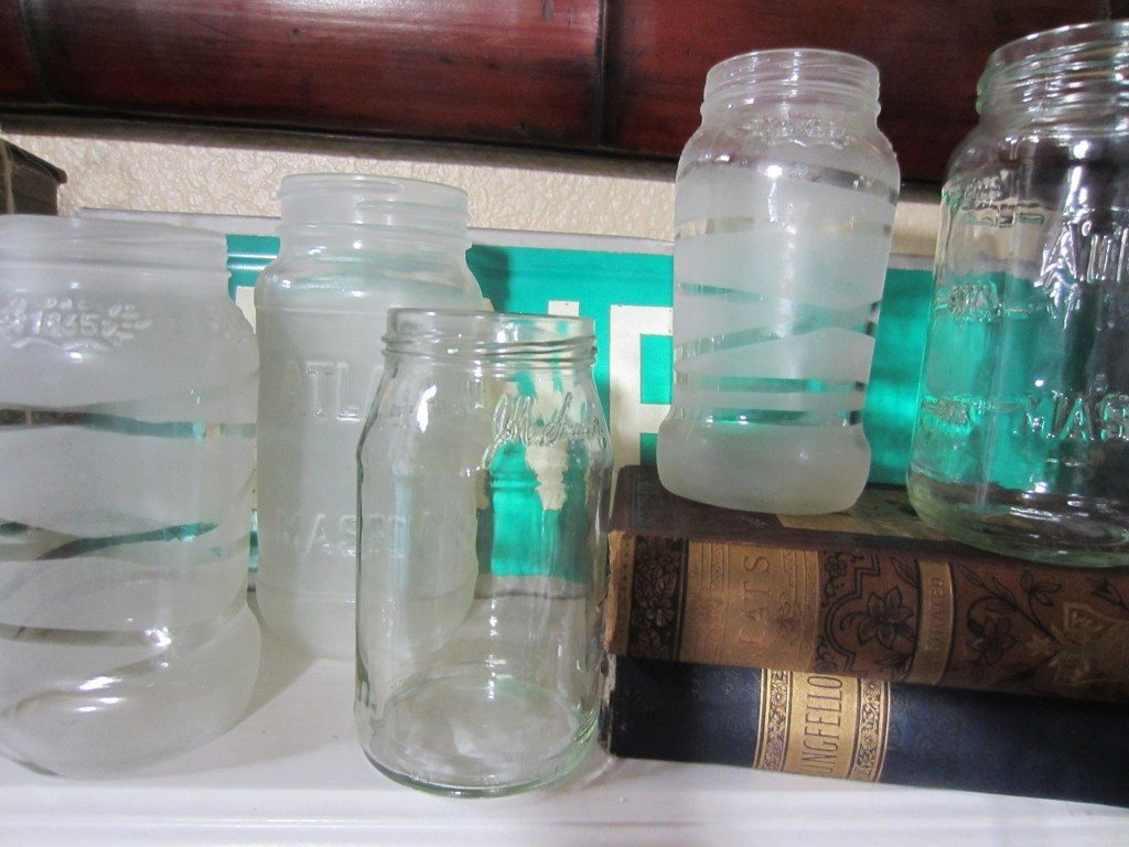 DIY Frosted Mason Jars (8)