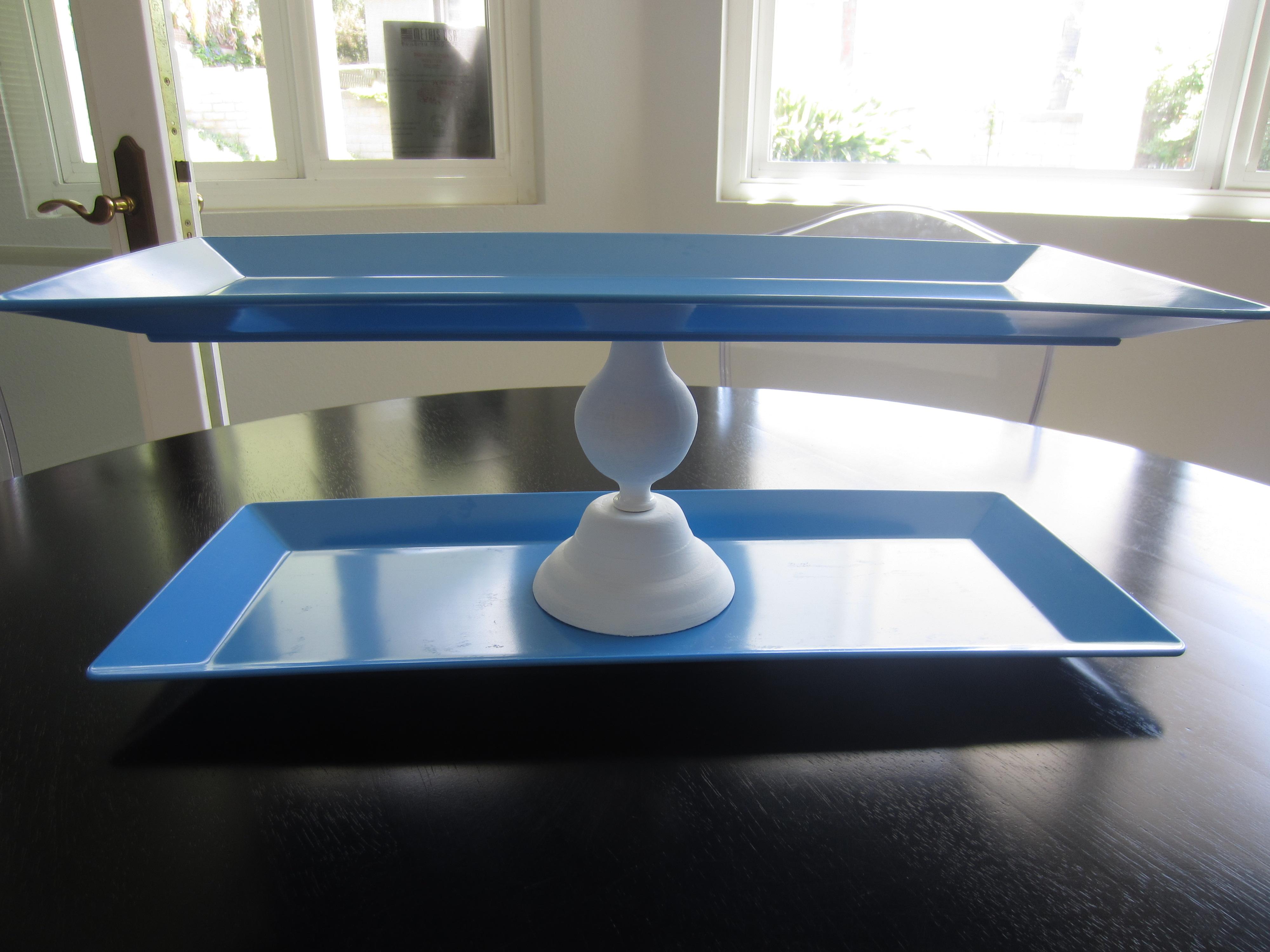 DIY Cupcake Stand - DIY Inspired