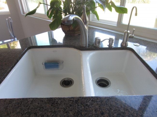 How to Caulk Your Sink