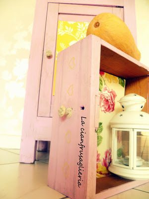 Shabby Chic Bedside Table Makeover (4)