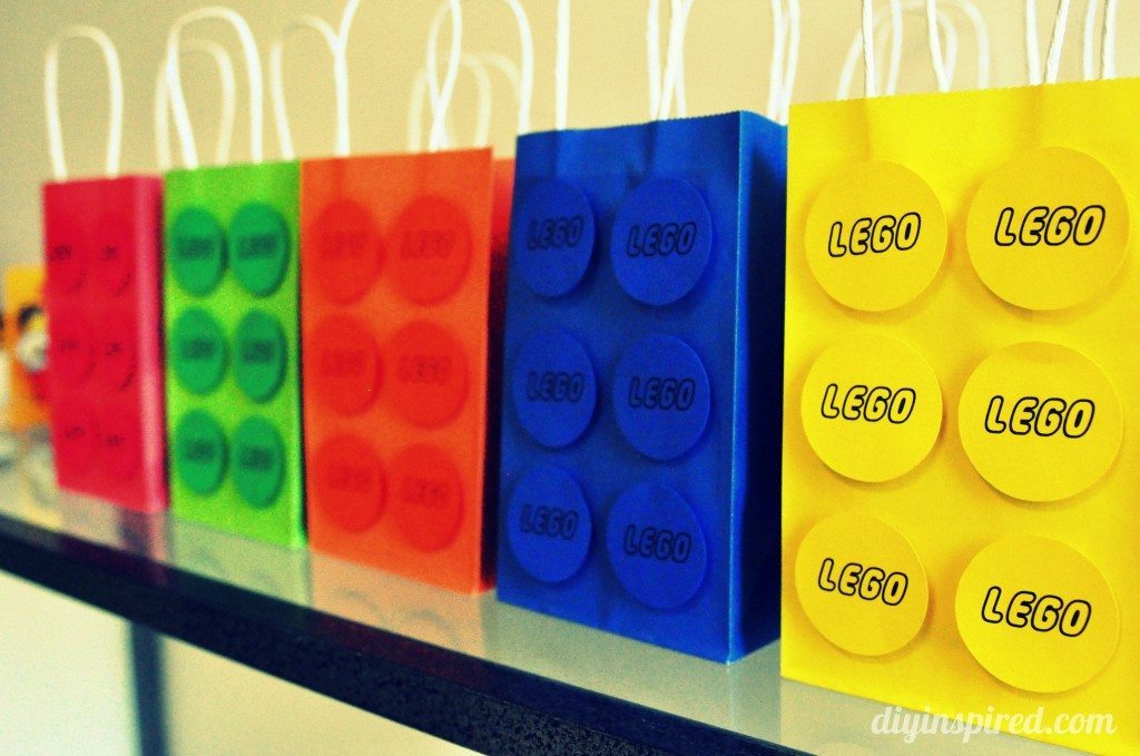 lego-birthday-party-favors