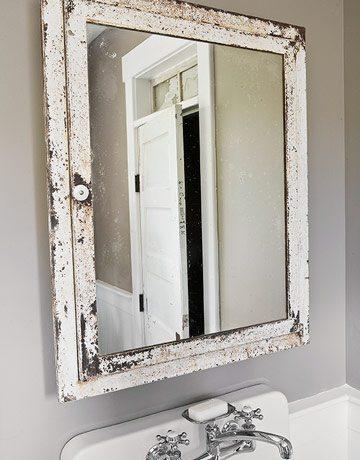 4 Tips to Redo a Small Bathroom