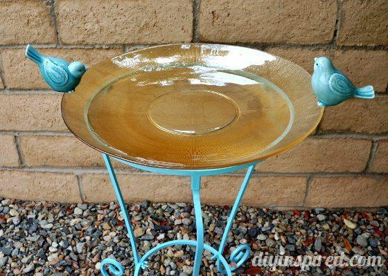 diy-bird-bath (2) (560x399)
