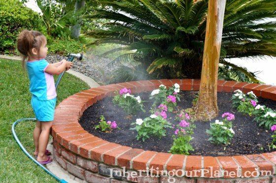 gardening-with-kids-1-560x372