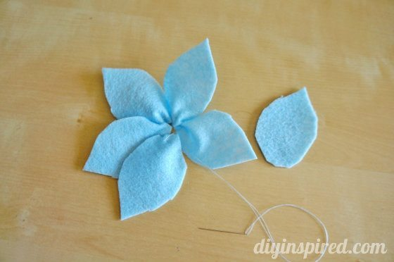 easy-felt-flower-tutorial (6)