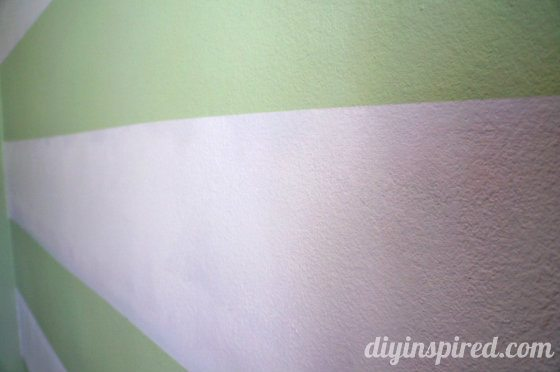 how-to-paint-stripes-on-a-wall (12) (560x372)