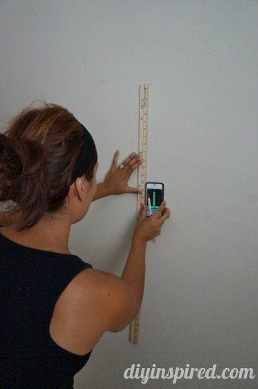 how-to-paint-stripes-on-a-wall (4) (372x560)