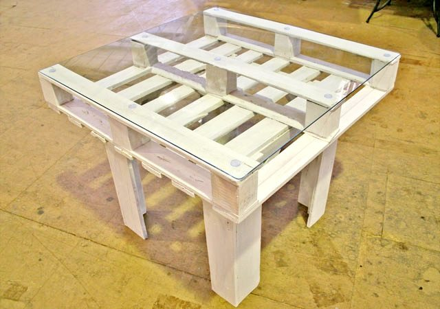 Recycled Pallet Table Project