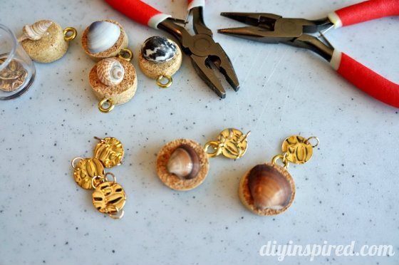 wine-cork-wine-charm-tutorial (6)