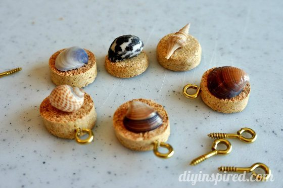 wine-cork-wine-charm-tutorial (7)