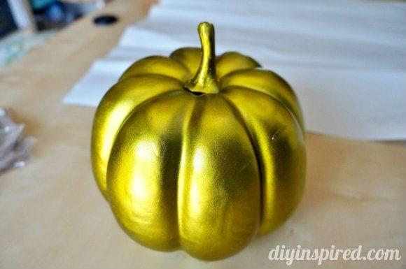 easy-halloween-pumpkin-decoration