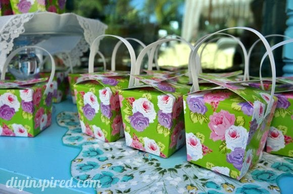 vintage-baby-shower-favors (2)