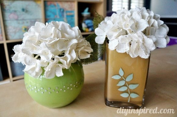 How to Upcycle a Vase with Paint