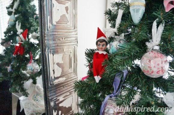 easy-elf-on-a-shelf-ideas (1)