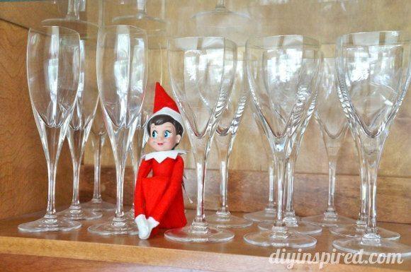 easy-elf-on-a-shelf-ideas (6)