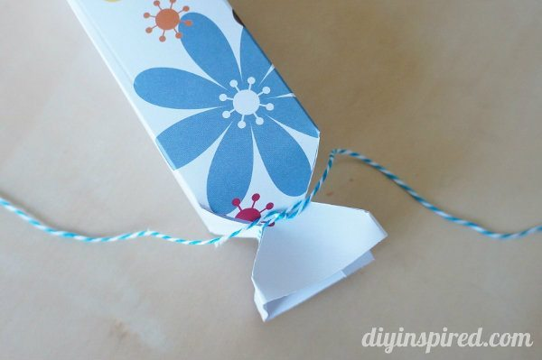 diy-paper-candy-favor-boxes (6)