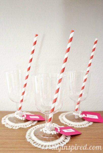 pretty-in-pink-lace-trim-cups (1)