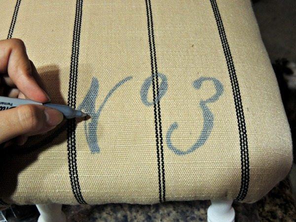 upholstered-stool-diy (5)