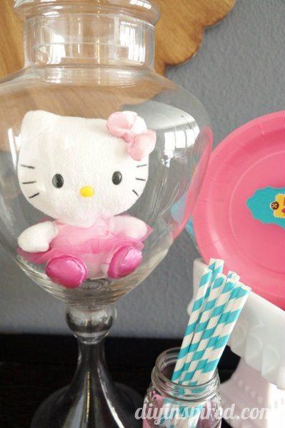 easy-hello-kitty-party-ideas (2)