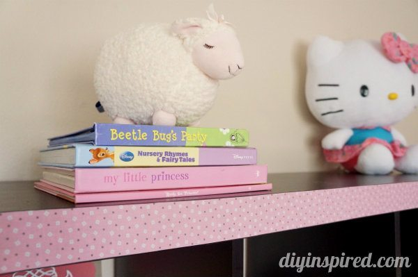 upcycled-fabric-duck-tape-shelves (3)