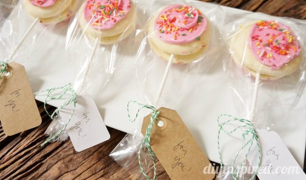 Give Bakery Because Cookie Lollipops (4)