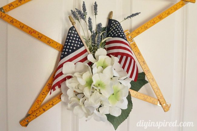 Upcycled Ruler Patriotic Wreath DIY