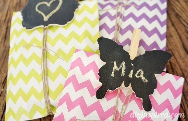 DIY Chalkboard Clothespin Tags Tutorial