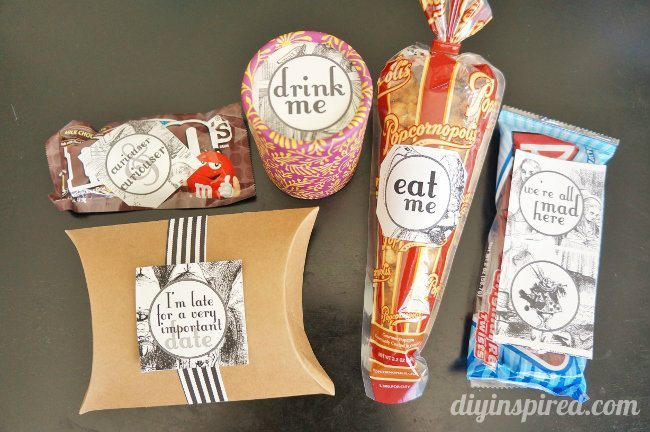 Mad Hatter Top Hat Gift Basket (1)