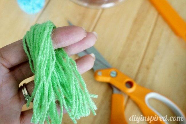 DIY Yarn Tassels (2)