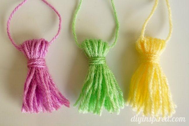 DIY Yarn Tassels Tutorial