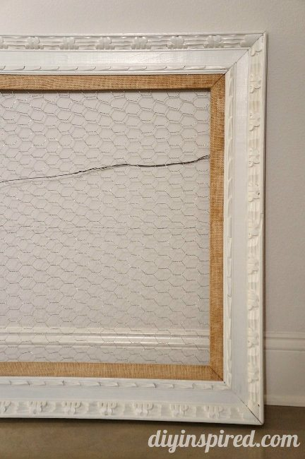 DIY Christmas Card Display with Poultry Netting