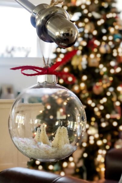 Easy Way to Make Snow Globe Ornaments