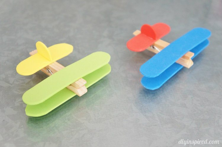 Airplane Clothespin Craft (4)