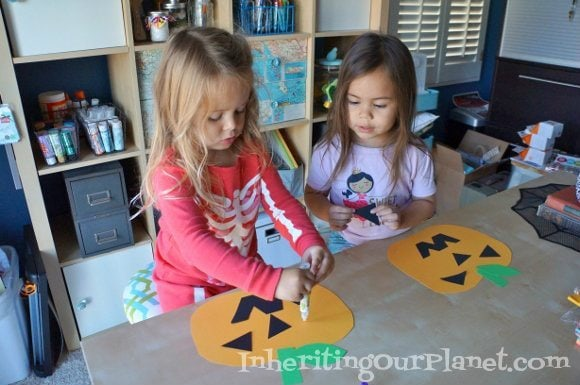 Last Minute Halloween Craft for Kids