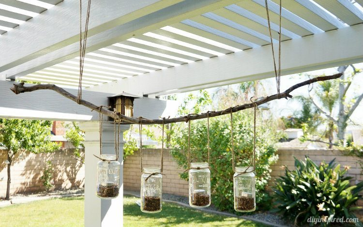 DIY Mason Jar Outdoor Chandelier