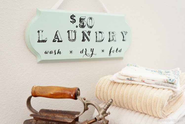DIY Wooden Laundry Room Sign