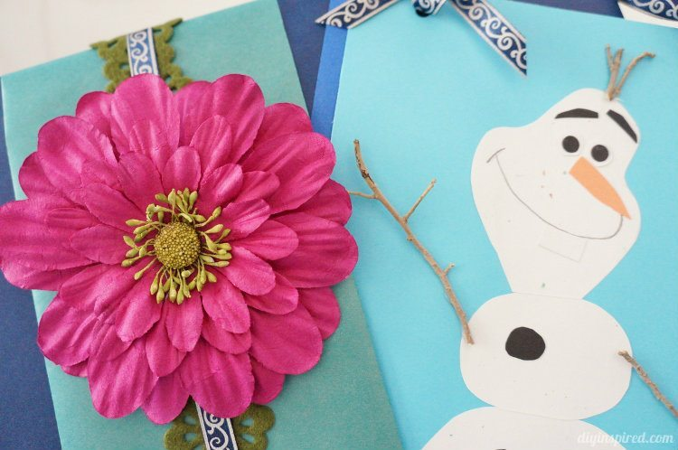 Frozen Gift Wrapping With DIY Olaf Card