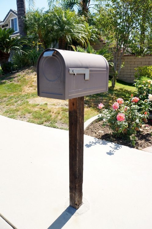 Mailbox Makeover - How to Paint Metal