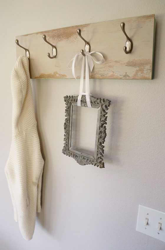 Repurposed Laminate Flooring Coat Hanger (11)