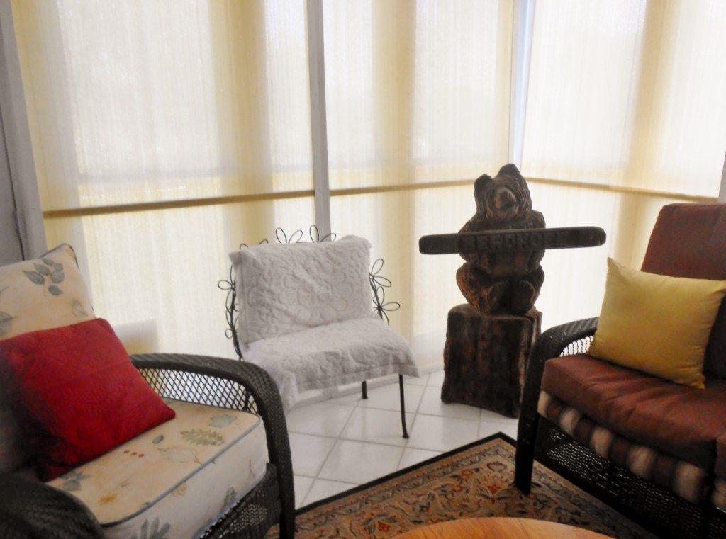 DIY Sunroom Window Coverings (8)