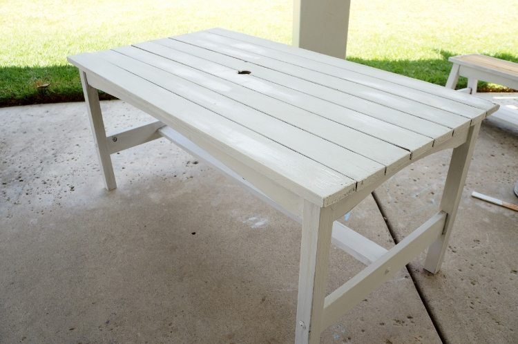 Kids Picnic Table Makeover (2)