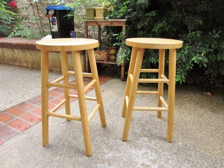 DIY Upholstered Bar Stools BEFORE