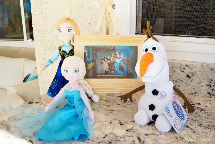 Frozen Fever Party Dolls as Decor
