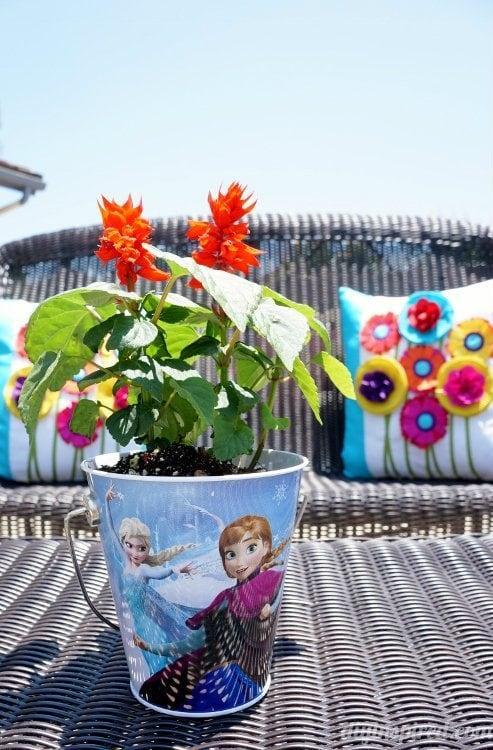 Frozen Fever Party Flower Centerpieces