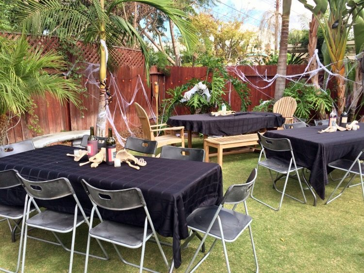 Halloween Party Ideas Outdoor (1)