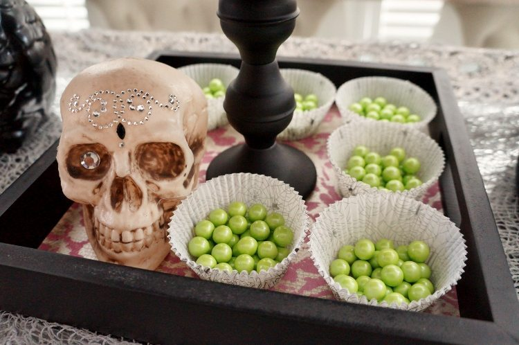 Halloween Party Tray DIY