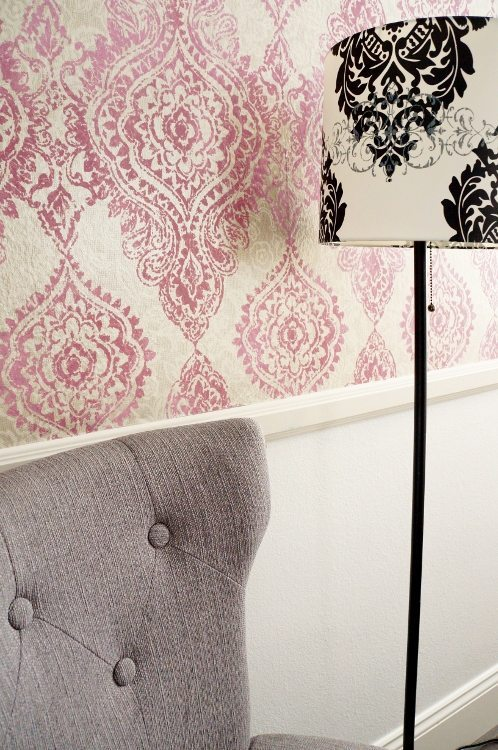 Tips for Hanging Patterned Wallpaper