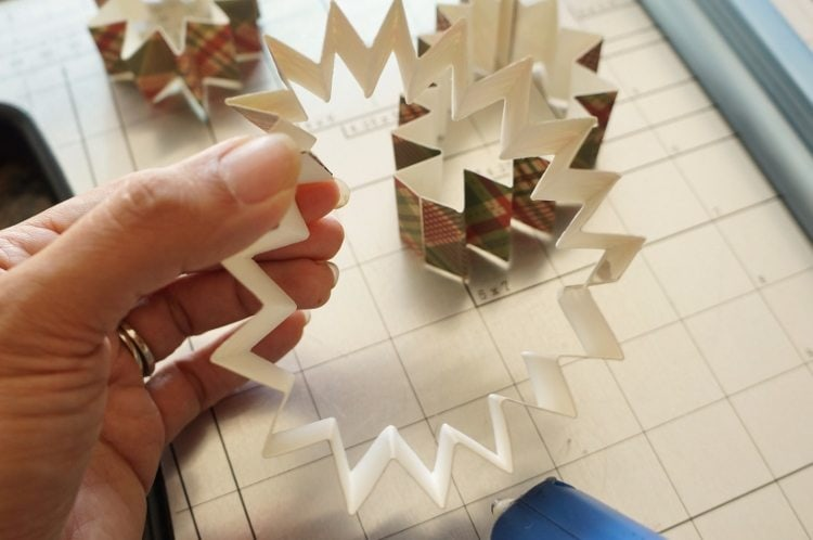 DIY Paper Christmas Ornaments How To